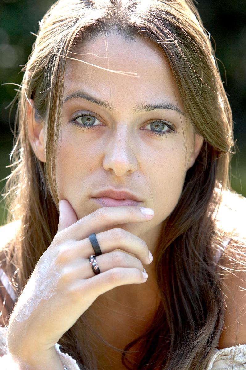 Jennifer Newrkla // Schauspielerin